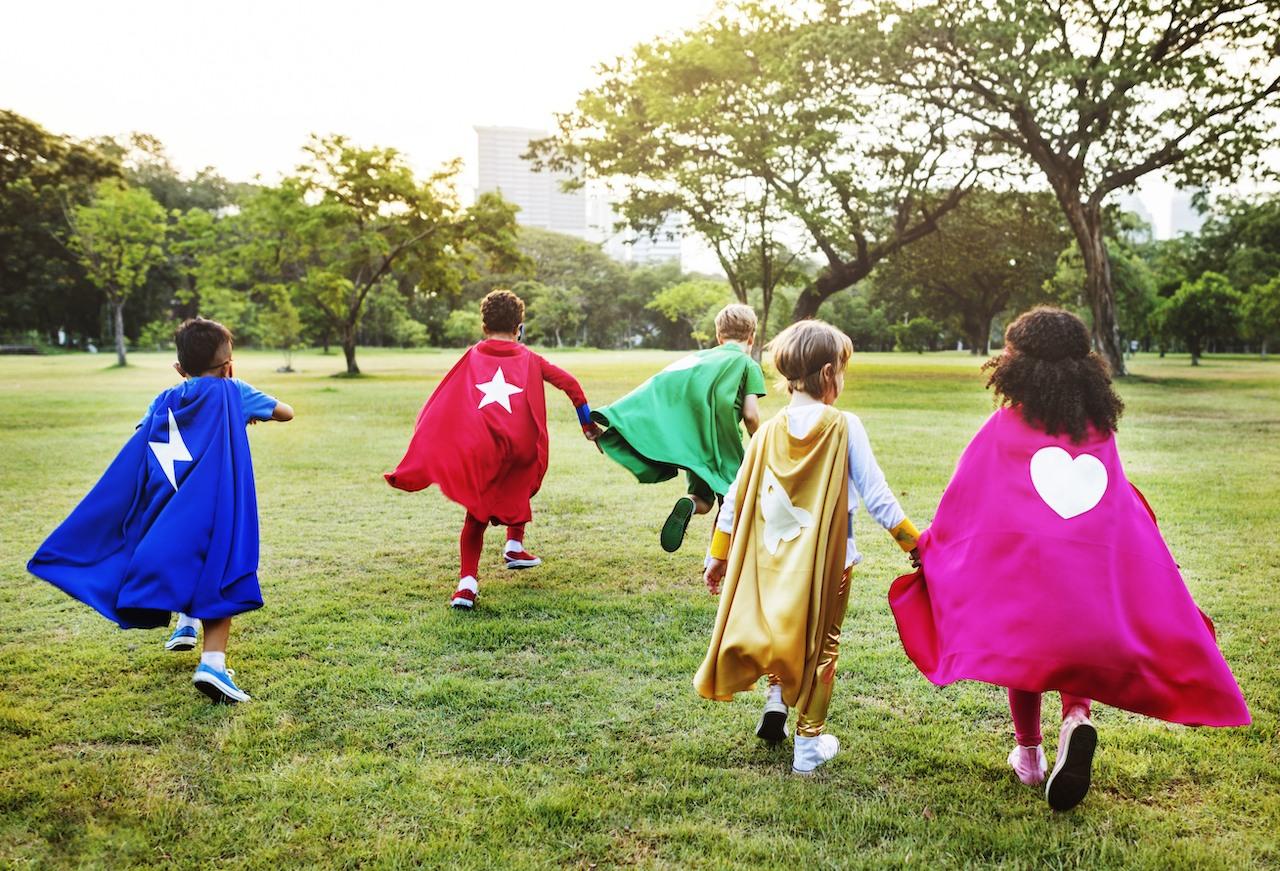 DKSB Mettmann kleine Superheros beim spielen